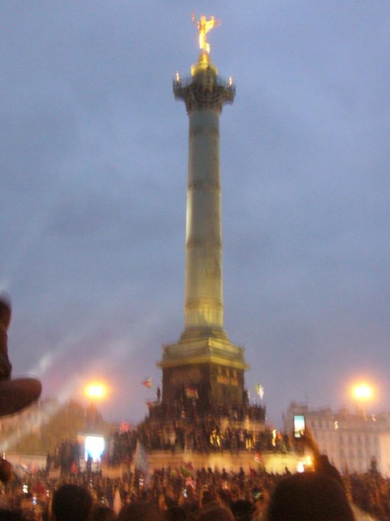 Le dimanche 6 mai : On a pris la Bastille et elle n'a pas eu mal !