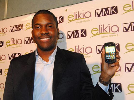 Le Congolais Vérone Mankou présente à Brazzaville le premier smartphone conçu en Afrique