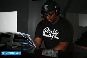 Aux commandes des intermissions musicales: DJ Digimovements