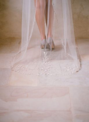 Munaluchi-Bride-Magazine-Spring-2013-Issue-Boudoir-Shoot-January-2013-009-439x600