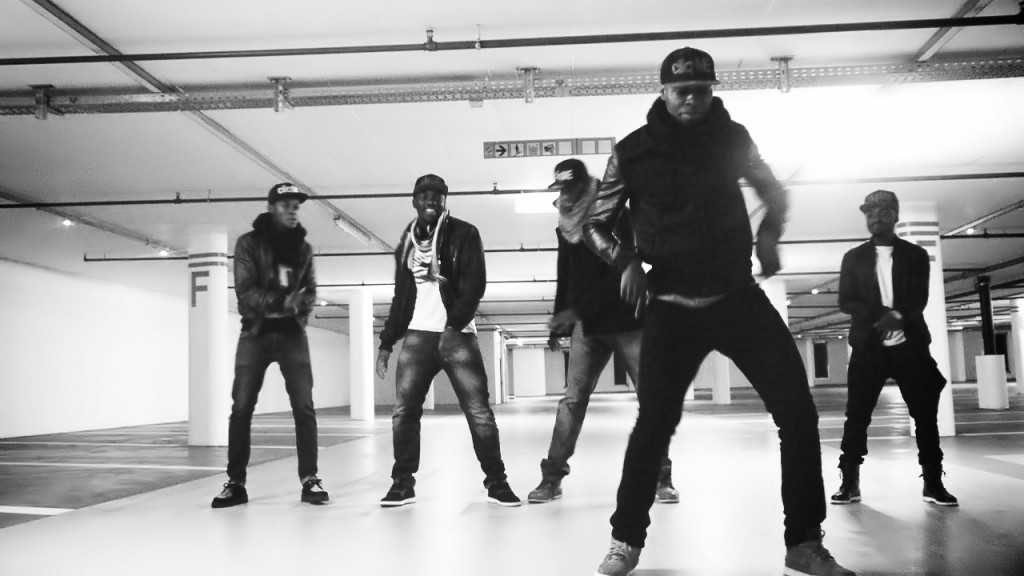 Azonto Dance Jay-Z & Kanye West - Ni**as In Paris - Marcus Gram Remix Niggas In Africa (3)