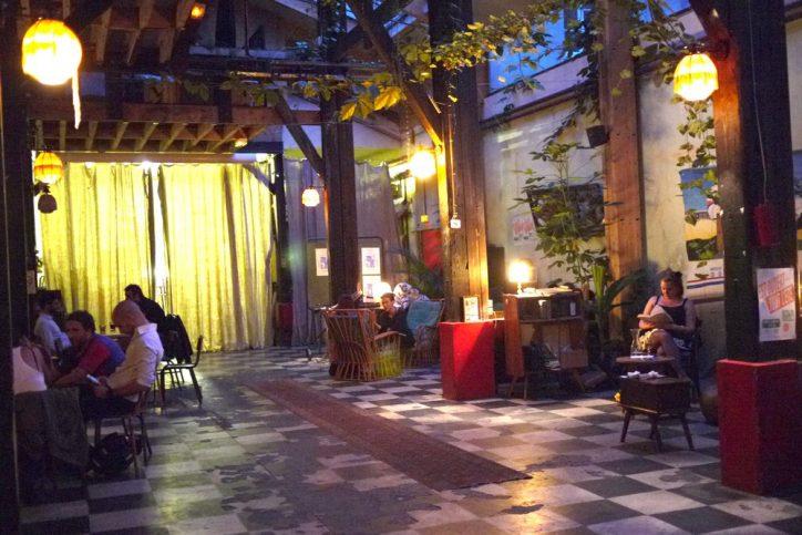 Les bars cheaps et crades de tonton Jabar # 8 : Le comptoir général