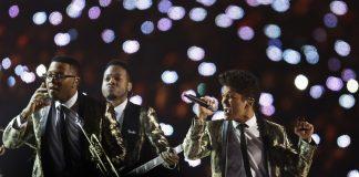 Super-Bowl-Halftime-Show-Bruno-Mars4