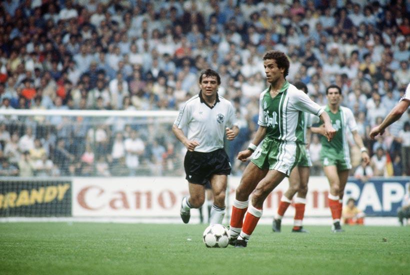 Lakhdar Belloumi contre la RFA en 1982