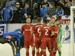 toronto-fc-players-react-behind-hassoun-camara-of-montreal-impact-canadian-championship-20160608_1oif6azrv162d1rd8ivbjvlme2
