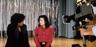 Vitiligo : Michael Jackson speaks about his disorder with Oprah