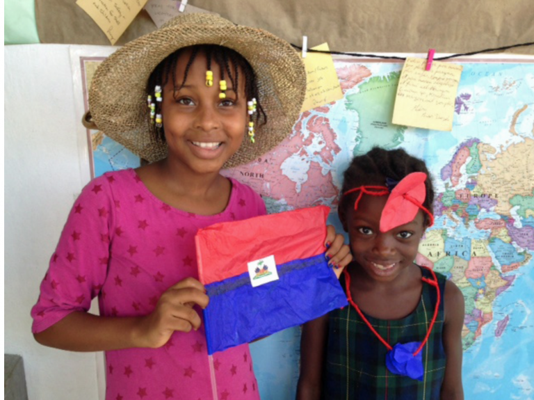 Mwen se ayisyien, Sa se Ayiti… Je suis haïtien, ca c'est Haïti… I am Haïtian… This is Haïti