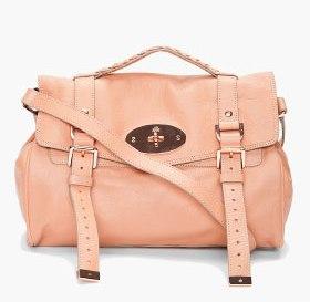 Quel sac à main porter lorsque l'on est une femme active ?