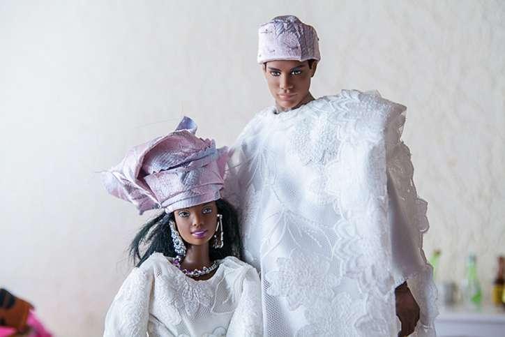 BARBIE se marie au Nigeria