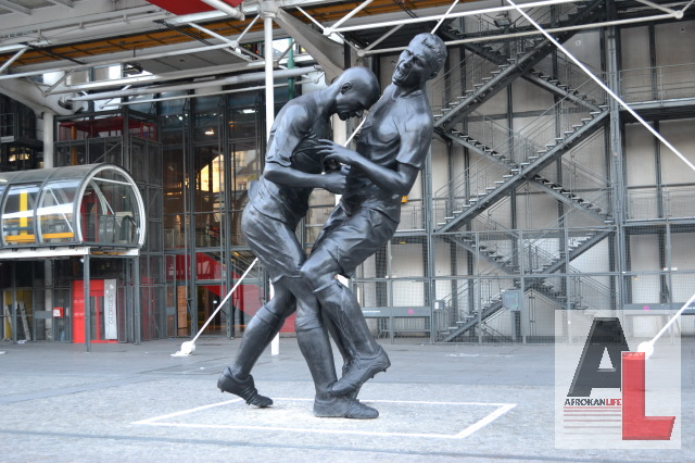 Statue coup de tête de Zidane par Adel Abdessemed