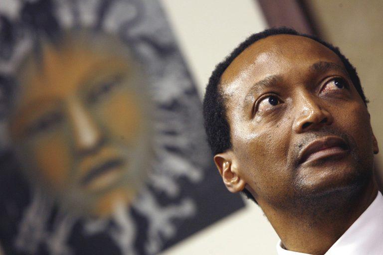 L'homme le plus riche d'Afrique du Sud va donner 50% de sa fortune