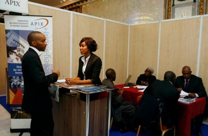 Projecteur sur Afrique Talents le salon des managers pour l'Afrique AfricSearch a été fondé en 1 996 parDidier Acouetey, né d'une volonté de participer au développement du continent africain, en identifiant les ressources humaines africaines diplômées.