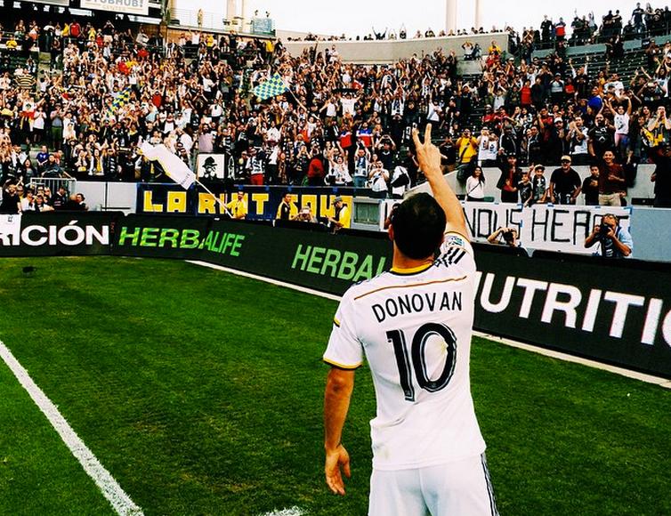 Officiel : Landon Donovan sort de sa retraite pour revenir au LA Galaxy