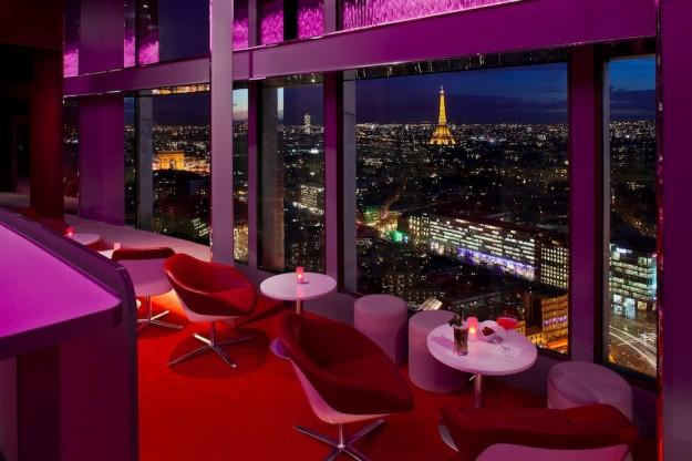 Bar panoramique de l'hôtel Concorde-Lafayette