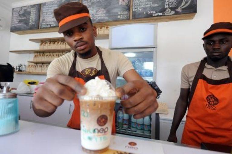 Projecteur sur la chaîne de café Neo le «Starbucks» africain