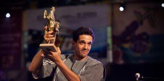 """Hicham Ayouch, lauréat de l'Etalon d'or du Yennenga pour son film """"Fièvres""""."""