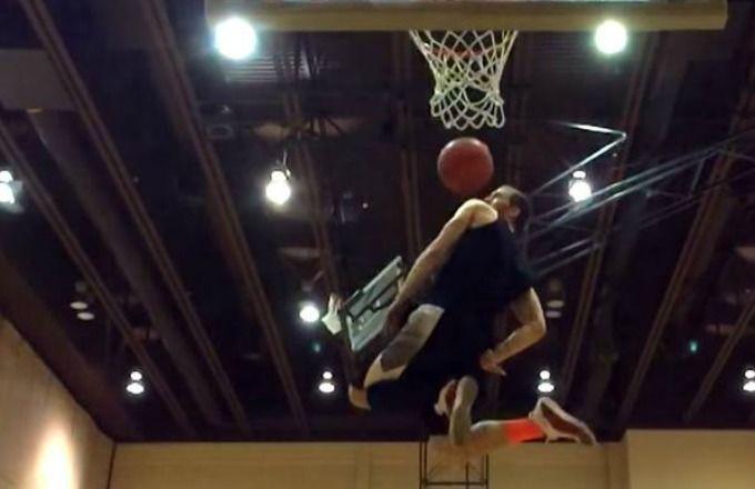 Lost and Found: Le meilleur dunk de l'histoire par Jordan ?