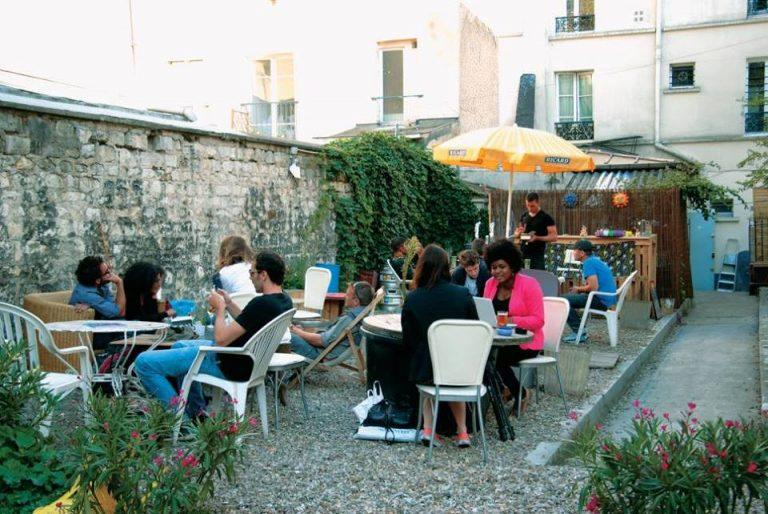 Restaurant Au Fond Du Jardin comme si vous y étiez !