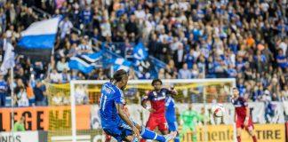 Didier Drogba trop fort