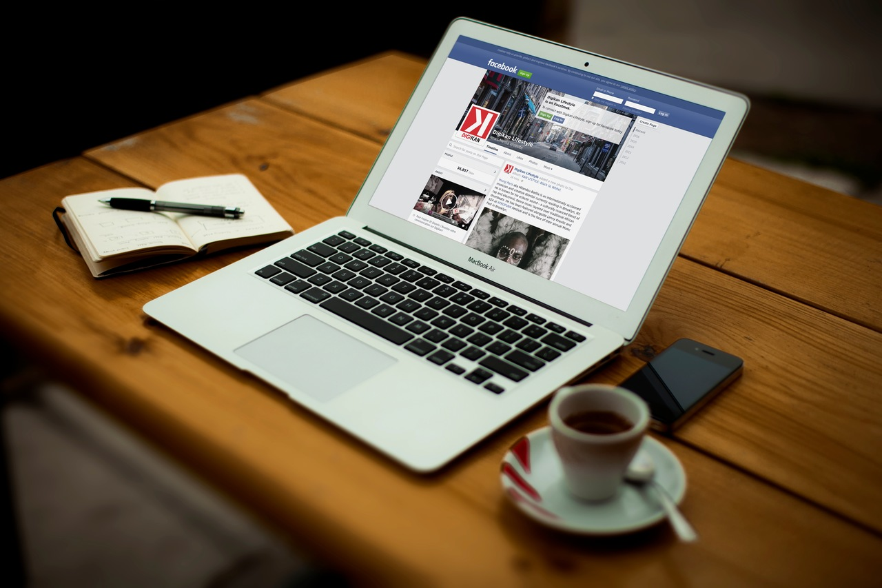 Facebook_Digikan