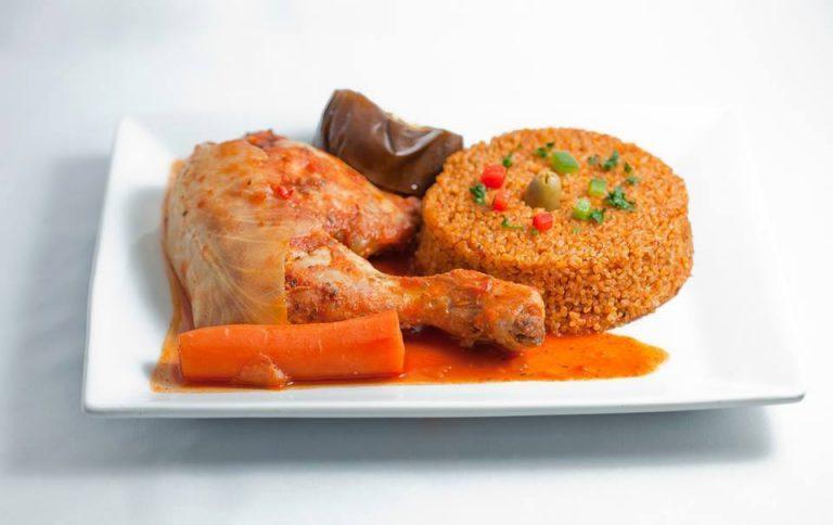 Il parait que dans les restaurants africains de Paris…
