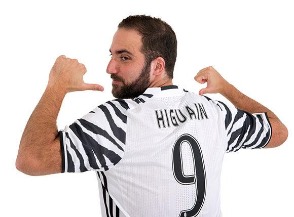Le troisième maillot de la Juventus dévoilé