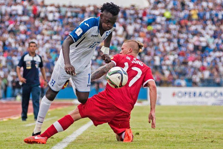 Canada Soccer : Menés par le complexe