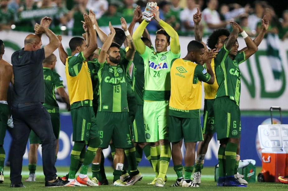 1308492-jouers-soccer-club-bresilien-chapecoense