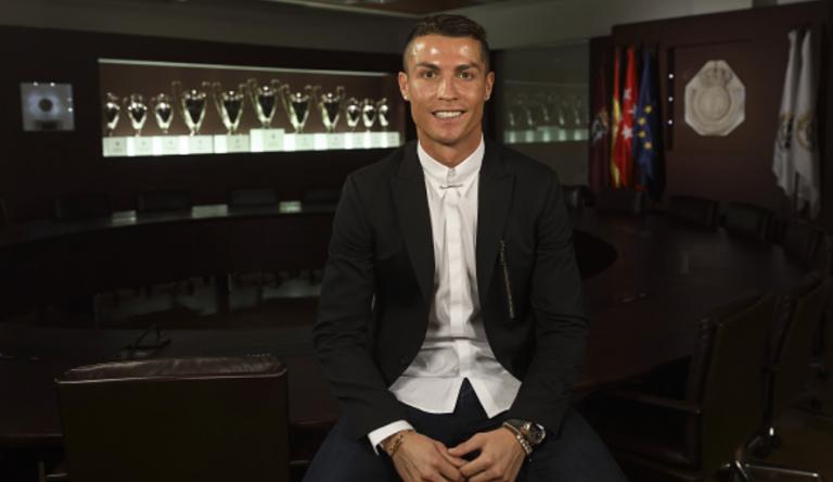 Real Madrid : Ronaldo prolonge jusqu'en 2021