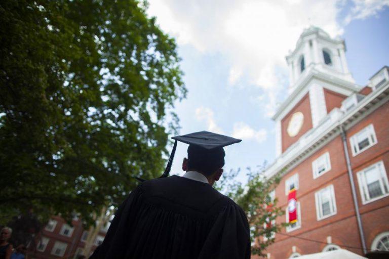 NCAA : Harvard soccer suspendu pour des commentaires sexuels