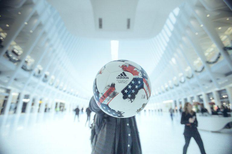 La MLS et Adidas dévoilent NATIVO, le ballon de la saison 2017