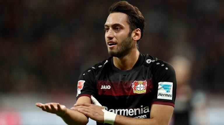 Bayer Leverkusen : Hakan Calhanoglu écope d'une suspension de quatre mois