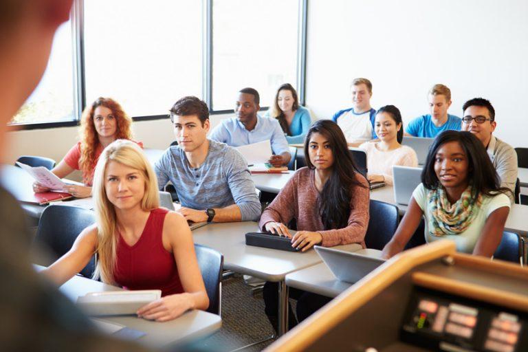 Une proposition d'amélioration de l'adéquation Individus-Filière de Formation-Métier dans les Pays du Sud.